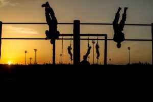 military men doing physical fitness